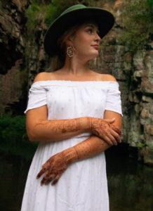 Anndell Wubben Henna Harvest